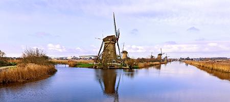 windmills_450x200_1303044_35429501.jpg