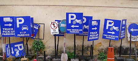 road-signs-1555401_450x200.jpg